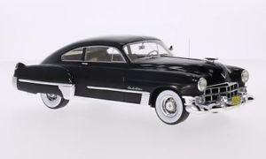 【送料無料】模型車 モデルカー スポーツカー キャデラックシリーズクラブクーペニースネオcadillac series 62 club coupe sedanette, schwarz, 124, neo