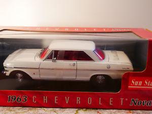 【送料無料】模型車 モデルカー スポーツカー サンスターシボレーノバクーペホワイトタイプsun star 1963 chevrolet nova coupe white art3961 118