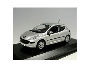 【送料無料】模型車 モデルカー スポーツカー プジョーアルミpeugeot 207 3p gris aluminium norev 143 472732