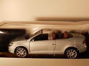【送料無料】模型車 モデルカー スポーツカー フォルクスワーゲンシイベルヘグナーバージョンnorev eos siber vw dealer version 118