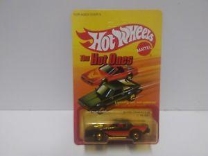 【送料無料】模型車 モデルカー スポーツカー ホットホイールカマロホット1983 hot wheels the hot ones blown camaro z28 unpunched unopened nip 5901