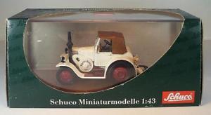 【送料無料】模型車 モデルカー スポーツカー ファイル#schuco 143 nr 02863 lanz eilbulldog agritechnica 2005 ovp 251