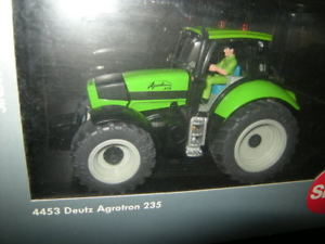 【送料無料】模型車 モデルカー スポーツカー トター132 siku deutz agrotron 235 traktor nr 4453 ovp