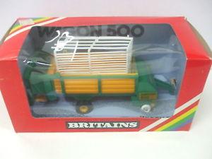【送料無料】模型車 モデルカー スポーツカー グリーンスケールワゴンワゴンボックスオンbritains 132 scale 9578 wagon 500 loader wagon in green color  in box
