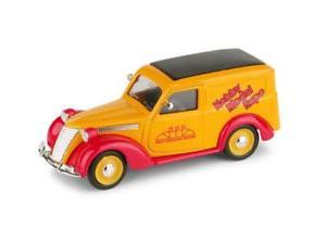 【送料無料】模型車 モデルカー スポーツカー フィアットオレンジハムfiat 1100e furgone 1947 hobby model expo novegro 2001 brumm arancione 143