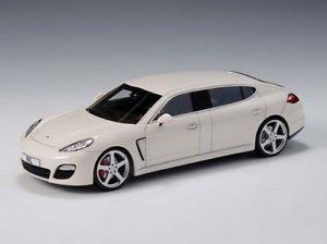 【送料無料】模型車 モデルカー スポーツカー パナメーラglm ruf panamera rxl white 143 glm214001