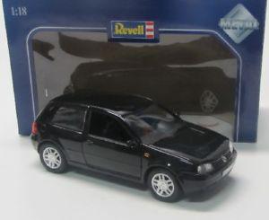 【送料無料】模型車 モデルカー スポーツカー ゴルフvw golf 4 19972006 schwarz revell 118