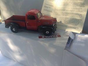 【送料無料】模型車 モデルカー スポーツカー ダンベリーミントダッジトラック