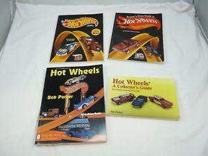 【送料無料】模型車 モデルカー スポーツカー ガイドコレクタホットホイールブックブックtomarts guide to hot wheels schiffer book for collectors 4 books