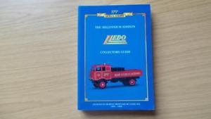 【送料無料】模型車 モデルカー スポーツカー ミレニアムコレクタガイドdb389 the millennium edition lledo collectors guide 1983 1999