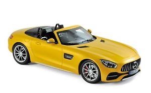 【送料無料】模型車 モデルカー スポーツカー メルセデスロードスターイエローメタリックmercedes amg gt c roadster gelb metallic 118 norev 183451 neu amp; ovp