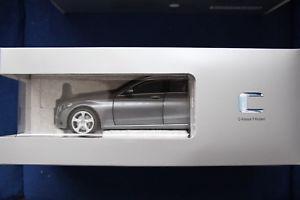 【送料無料】模型車 モデルカー スポーツカー ベンツクラスモデルシルバーmercedesbenz c klasse t modell s205 silber met 118 norev neu