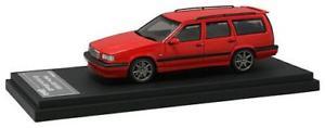 【送料無料】模型車 モデルカー スポーツカー ボルボvolvo 850 r estate red hpi 143 8116