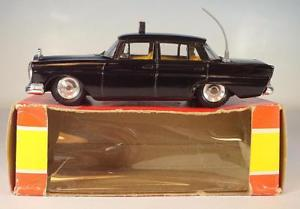 【送料無料】模型車 モデルカー スポーツカー ガマメルセデスベンツリムジンタクシー#gama minimod 147 nr 9353 mercedes benz 220 s limousine taxi ovp 6388