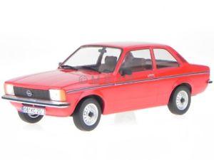 【送料無料】模型車 モデルカー スポーツカー オペルドアハッチバックレッドモデルカーopel kadett c2 2trer 1977 rot modellauto 1800122 t9 118