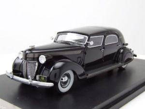 【送料無料】模型車 モデルカー スポーツカー クライスラーインペリアルルバロンブラックタウンカースケールモデルカーネオchrysler imperial c15 le baron town car 1937 schwarz, modellauto 143 neo scale