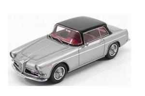 【送料無料】模型車 モデルカー スポーツカー アルファロメオギアクーペルガーノエグルシルバーケalfa romeo 1900 css coup lugano ghia aigle silver 1957 kess 143ke43000213