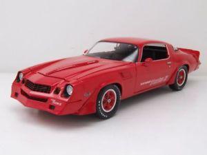 【送料無料】模型車 モデルカー スポーツカー シボレーカマロターボモデルカーグリーンライトchevrolet camaro z28 yenko turbo z 1981 rot, modellauto 118 greenlight
