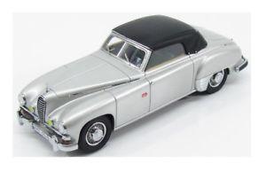 【送料無料】模型車 モデルカー スポーツカー メルセデスベンツアリシアキーズシルバーケmercedes benz 320 w142 wendler silver 1940 closed kess 143 ke43037001