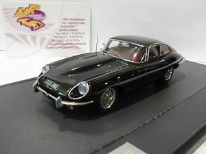 【送料無料】模型車 モデルカー スポーツカー ジャガータイプシリーズクーペmatrix 11001052 jaguar etype series ii coupe in schwarz 143 neu