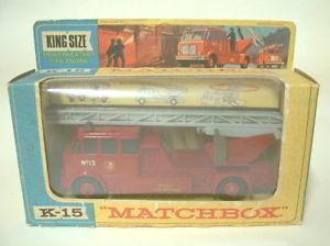 【送料無料】模型車 モデルカー スポーツカー マッチキングサイズmatchbox kingsize k15a merryweather fire engine rot in blisterbox