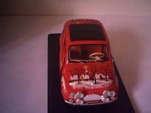 【送料無料】模型車 モデルカー スポーツカー フィアットコンfiat 500 sc118 con decorazioni fatte a ma