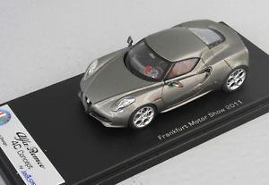 【送料無料】模型車 モデルカー スポーツカー アルファロメオコンセプトフランクフルトモーターショースマートalfa romeo 4c concept frankfurt motorshow 2011 metal fluide looksmart 143