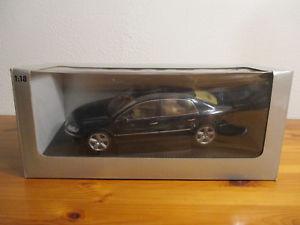 【送料無料】模型車 モデルカー スポーツカー フォルクスワーゲンフォルクスワーゲンフェートン gor 118 autoart volkswagen vw phaeton neu ovp