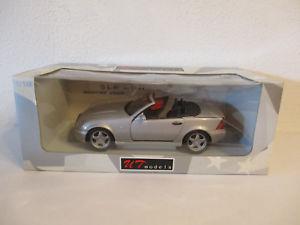 【送料無料】模型車 モデルカー スポーツカー モデルベンツコンプレッサ gor 118 ut models mercedes benz slk 230 kompressor neu ovp