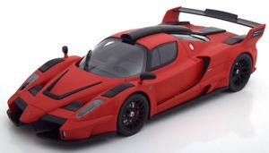 【送料無料】模型車 モデルカー スポーツカー フェラーリフラットブラック