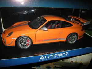 【送料無料】模型車 モデルカー スポーツカー ポルシェグアテマラルピーオレンジ118 autoart porsche 911 typ 997 gt3 rs 40 orange nr 78148 ovp