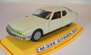 【送料無料】模型車 モデルカー スポーツカー シトロエンベージュpilen 143 citroen sm beige in plexibox 5132