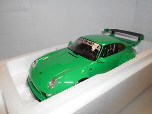 【送料無料】模型車 モデルカー スポーツカー ポルシェソフトウェアライセンスグアテマラgt074 by gt spirit porsche 993 rwb 118