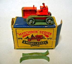 【送料無料】模型車 モデルカー スポーツカー ボックスマッチトターオレンジmatchbox rw 08a tractor rare farbe orange in box