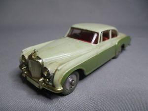 【送料無料】模型車 モデルカー スポーツカー コーギートイベントレーコンチネンタルスポーツセダンベルta451 corgi toys bentley continental sports saloon ref 224 bel etat dorigine