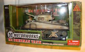 【送料無料】模型車 モデルカー スポーツカー シャーマンタンクダイカスト118 ultimate soldier diecast wwii battle of bulge us army m4 sherman tank