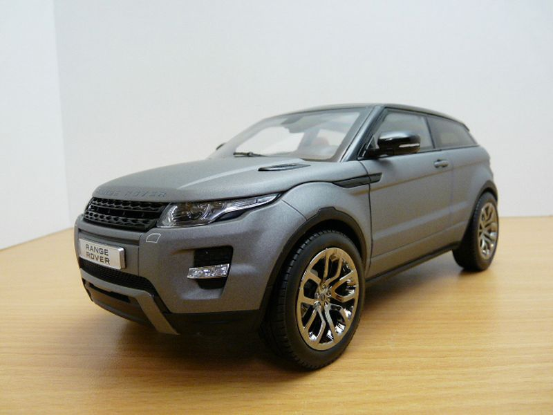 【送料無料】模型車 モデルカー スポーツカー レンジローバークーペマットrange rover evoque coup gris mat 118