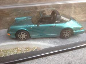 【送料無料】模型車 モデルカー スポーツカー ポルシェカレラボックスキットモデルカータルガporsche 911 964 carrera 2 targa in bbr box 143 built kit berlinetta modelcars