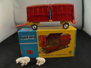 【送料無料】模型車 モデルカー スポーツカー コーギーサーカスケージcorgi n 1123 remorque chipperfields circus animal cage bear transport en boite