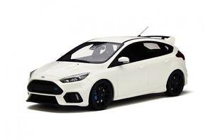 【送料無料】模型車 モデルカー スポーツカー フォードフォーカススポーツセダンホワイトオットーford focus rs sport limousine 2016 weiss white ot730 neu resin otto rar 118