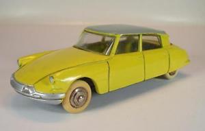 【送料無料】模型車 モデルカー スポーツカー フランスシトロエンイエロー#dinky toys france 24c citroen ds 19 gelb 5131