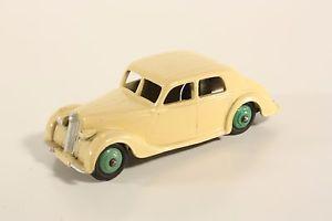 【送料無料】模型車 モデルカー スポーツカー ライリーサロンミントボックスneues angebotdinky toys 40 a, riley saloon, mint, no box        ab2097