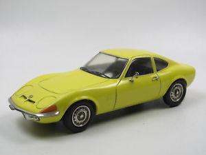 【送料無料】模型車 モデルカー スポーツカー ウィザードオペルグアテマライエローホワイトメタルショーケースtin wizard opel gt baujahr 19681973 gelb resineweimetall 124 in vitrine