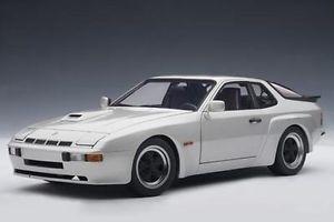 【送料無料】模型車 モデルカー スポーツカー ポルシェカレラシルバーシルバークーペporsche 924 carrera gt silber silver 1980 coupe 118 aa 78002 autoart