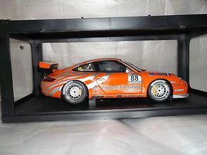 【送料無料】模型車 モデルカー スポーツカー ポルシェグアテマラカップ#オレンジシルバーautoart porsche 911997 gt3 cup88 118 vip 2006 dealerbox orangesilber