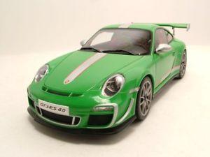【送料無料】模型車 モデルカー スポーツカー ポルシェグアテマラルピーグリーンモデルカーporsche 911 997 gt3 rs 40 2011 grn, modellauto 118 autoart