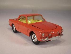 【送料無料】模型車 モデルカー スポーツカー コーギーカブリオレタイプギア#ケースcorgi toys 239 vw 1500 karmann ghia rot mit ker 017