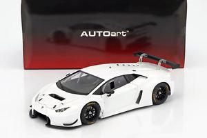 【送料無料】模型車 モデルカー スポーツカー グアテマラランボルギーニlamborghini huracan gt3 baujahr 2015 wei 118 autoart