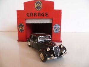 【送料無料】模型車 モデルカー スポーツカー トションビンテージdevos citron traction 15 six 1950 rf d 50 en boite vintage