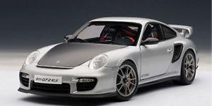 【送料無料】模型車 モデルカー スポーツカー ポルシェグアテマラシルバーautoart porsche 911 997 gt2 rs silber 118 77961
